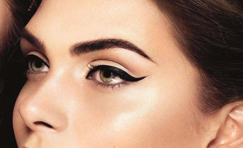 qué-linea-eyeliner-para-forma-ojos-maquillaje-2017