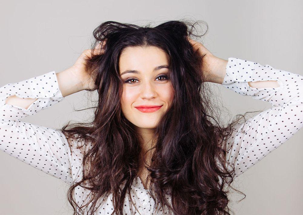 7-tips-manejar-cabello-rebelde-belleza-2017