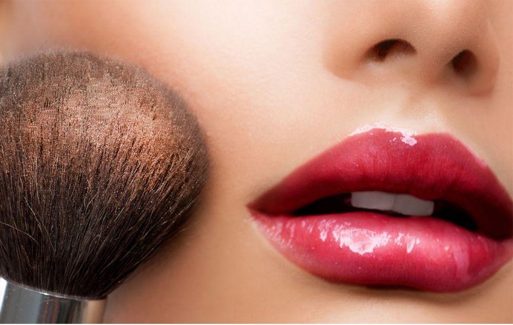 consejos-accesorios-maquillaje-mejor-acabado-base-cosméticos-2017