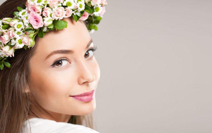 luce-natural-con-maquillaje-cosméticos-2017
