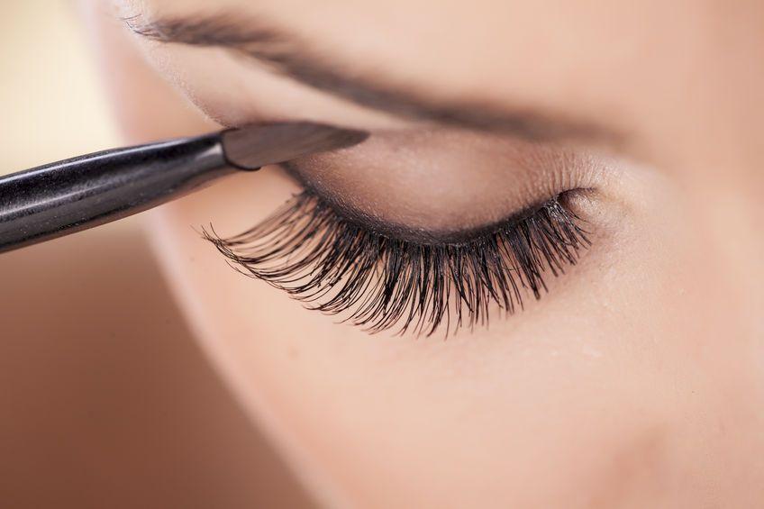 maquilla-ojos-sombras-de-acuerdo-forma