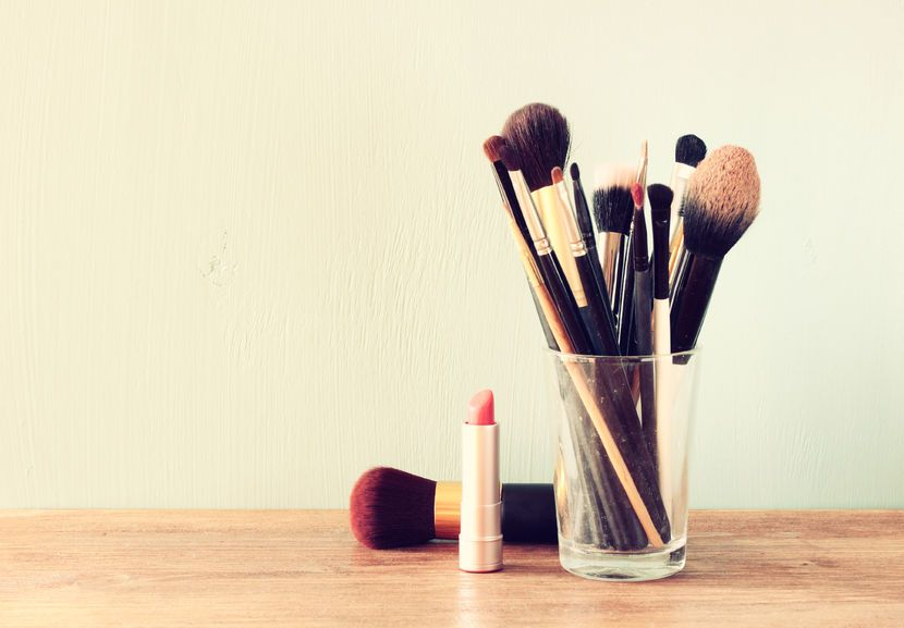 pinceles-brochas-adecuados-maquillar-ojos-diferencia
