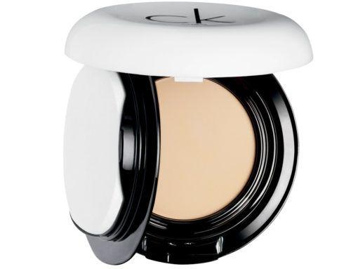 calvin-klein-base-de-maquillaje-compacta-porcelain-9-9-g