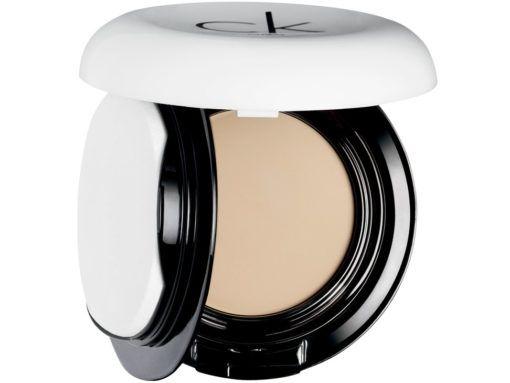 calvin-klein-fair-base-de-maquillaje-compacta