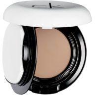 calvin-klein-base-de-maquillaje-compacta-golden-9-9-g