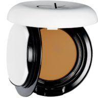 calvin-klein-base-de-maquillaje-compacta-caramel-9-9-g
