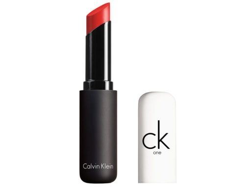 calvin-klein-lapiz-labial-color-pure-shine-alarm