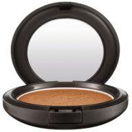 base-de-maquillaje-en-polvo-golden-para-dama-nyx