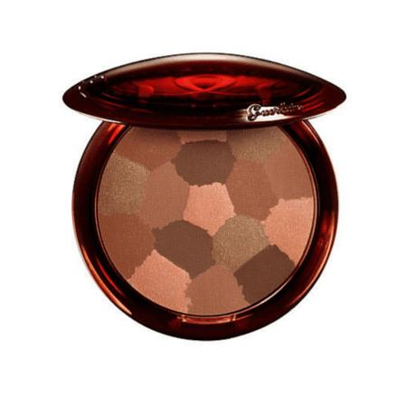 terracotta-light-sheer-bronzing-powder-03-brunettes