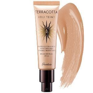terracotta-joli-teint-foundation-moyen-medium