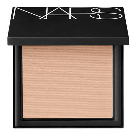 all-day-luminous-powder-foundation-spf-24-mont-blanc