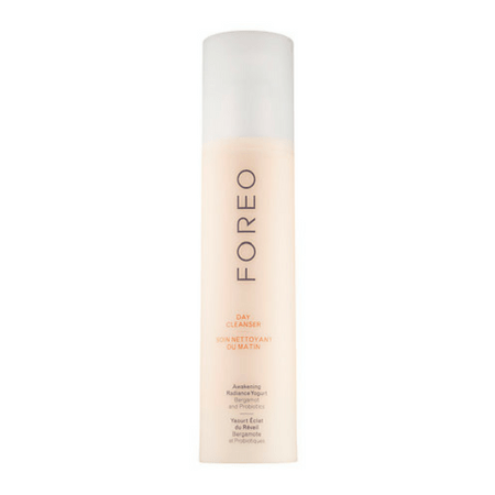 awakening-radiance-yogurt-day-cleanser-foreo