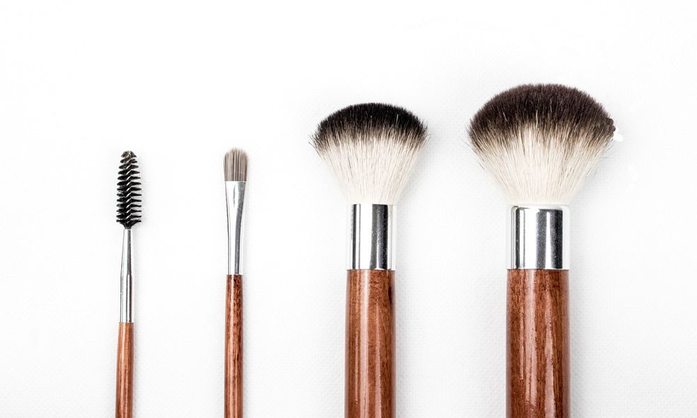 como-limpiar-sus-accesorios-de-maquillaje-cosméticos-belleza-2017