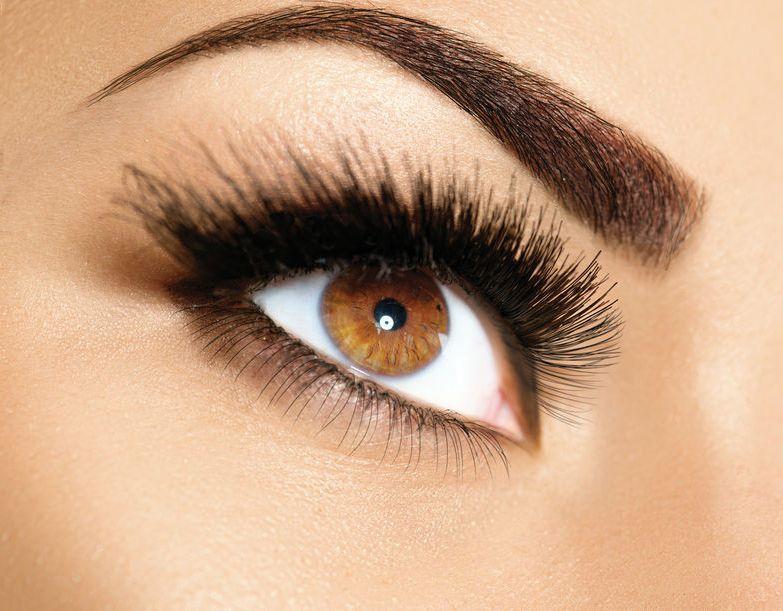 7ba4e6f83 como-resaltar-ojos-marrones-con-maquillaje-cosméticos-belleza-